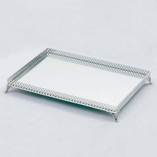 Bandeja de Prata e Espelho